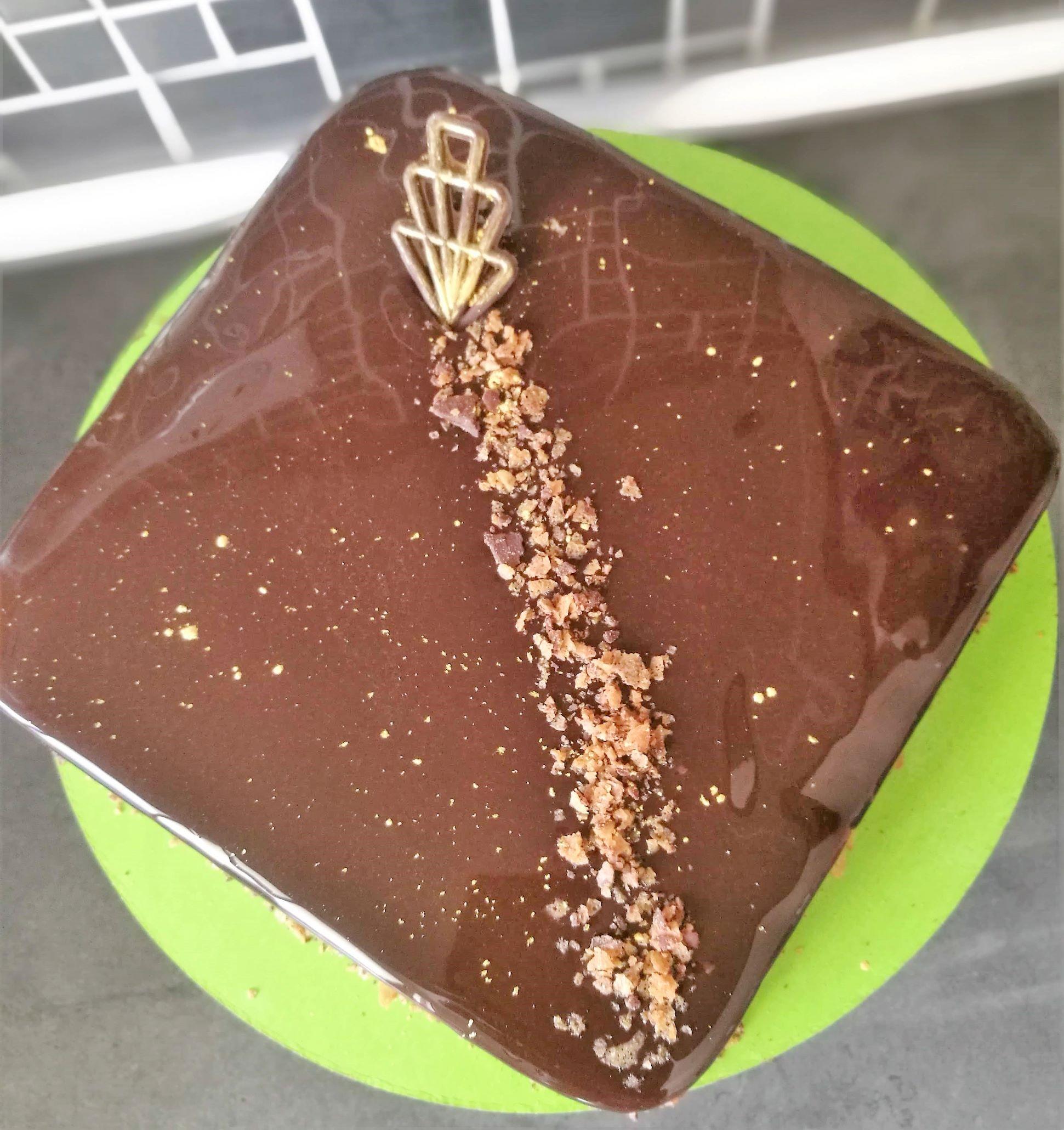 Gateaux-chocolat-lait-praline-carre